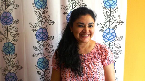 Ligia Ivette Gómez, nicaragüense, Doctora en Economía. Photo by Pedro C. In restaurante Amaltea, Córdoba, España.