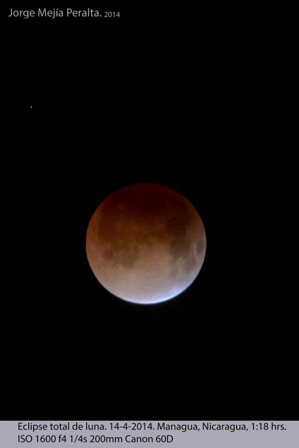 El eclipse total de Luna, conocido como Luna roja, Blood Moon, Luna sangrienta. Photo by Jorge Mejía Peralta.