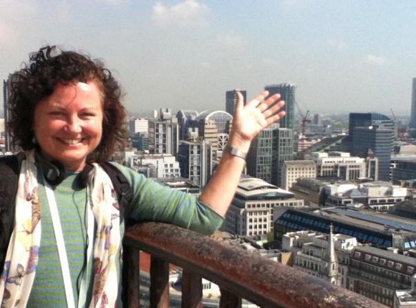 Penny O`Donnell. Dra. Social Comunication. Feminista. Estudiosa de los medios de comunicación masivos. Ha vivido en Nicaragua, México, El Salvador, Australia.