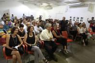 Público en la presentación de El Tao. Claribel Alegría y Erik Flakoll