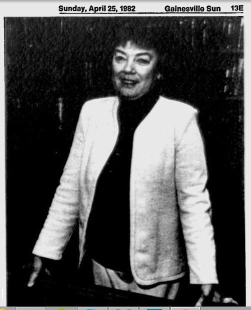 Joy Anderson, escritora, madre de Jon Lee Anderson. Foto tomada del Gainesville Sun, April, 25, 1982.