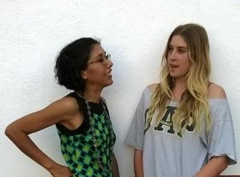 Mildred Largaespada y Rosie Anderson, escritora e hija de Jon Lee Anderson. Photo by PCaldentey.