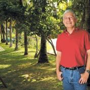Francisco Bautista Lara, escritor nicaraguënse, autor de Último año de Rubén Darío. Foto cedida de su archivo personal.